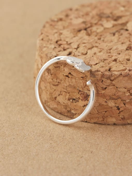 Peng Yuan Simple Striated Little Elephant Opening Midi Ring 1