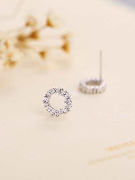One Silver Fashion Style Round Shaped Earrings 2
