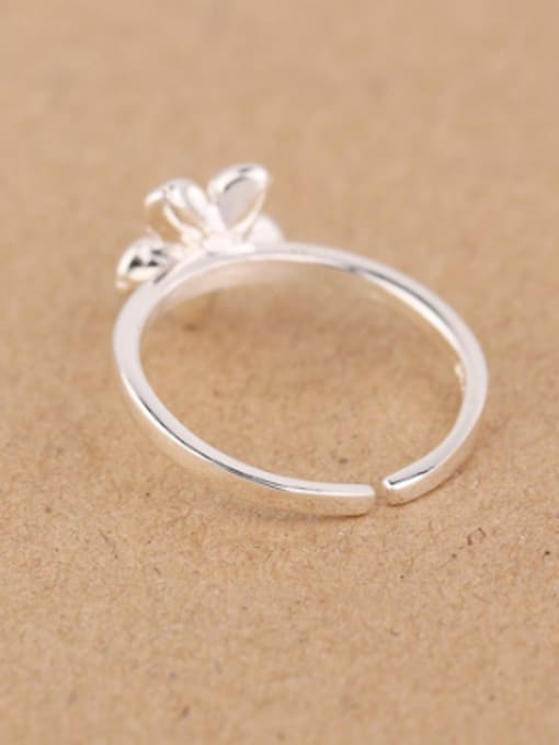 Peng Yuan Simple Flower Silver Opening Midi Ring 2