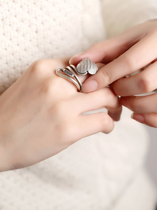 Peng Yuan Personalized Handmade Silver Heart-shaped Ring 1