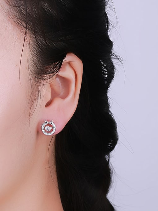 One Silver Women Bowknot Shaped Zircon stud Earring 1