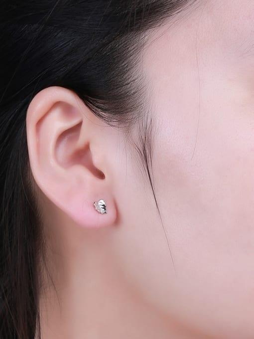 One Silver 925 Silver Leaf Shaped stud Earring 1