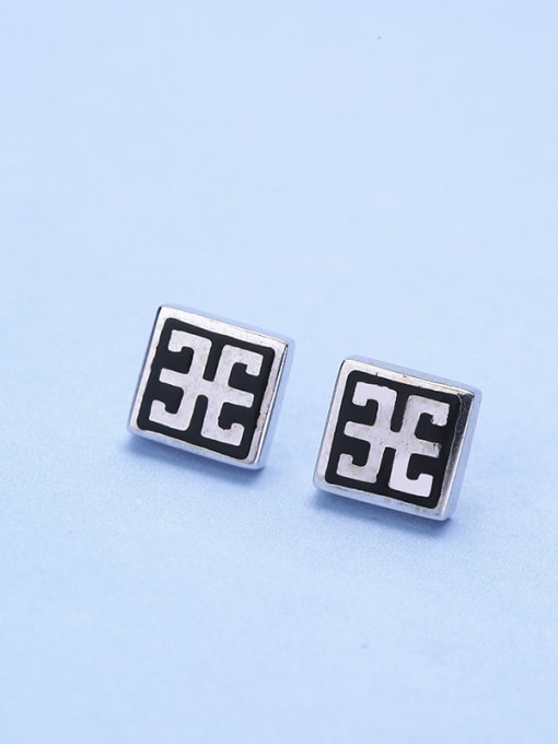 One Silver Retro Style Square Shaped stud Earring 2