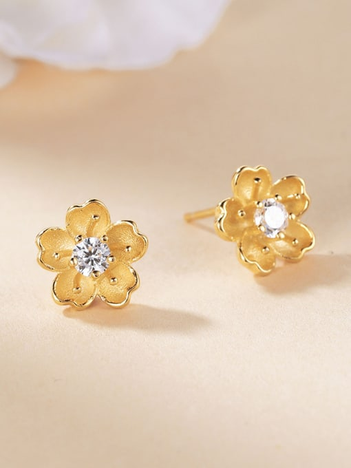 One Silver Gold Plated Flower Shaped stud Earring