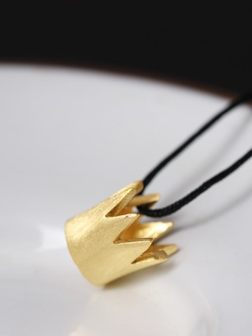 SILVER MI Creative Queen Small Crown Necklace 1