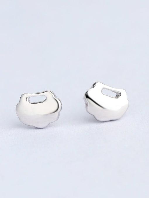 One Silver 925 Silver Cloud Shaped stud Earring 0