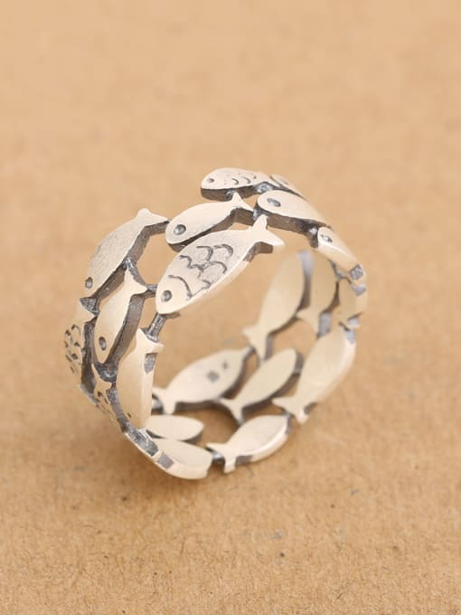 Peng Yuan Personalized Little Fish Silver Ring 2