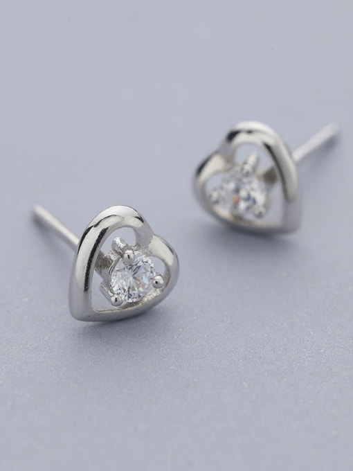 One Silver 925 Silver Heart Shaped stud Earring 2