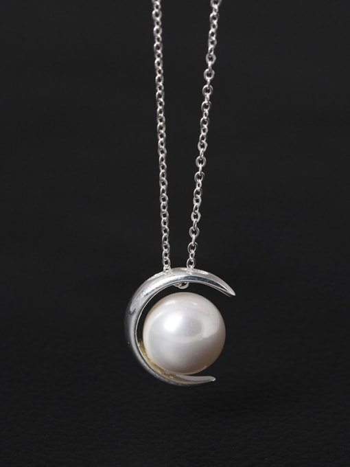 SILVER MI Moon Shell Pearl Clavicle Necklace