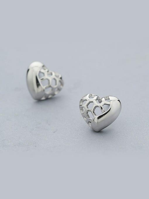 One Silver Women Fashion Heart Shaped stud Earring 0