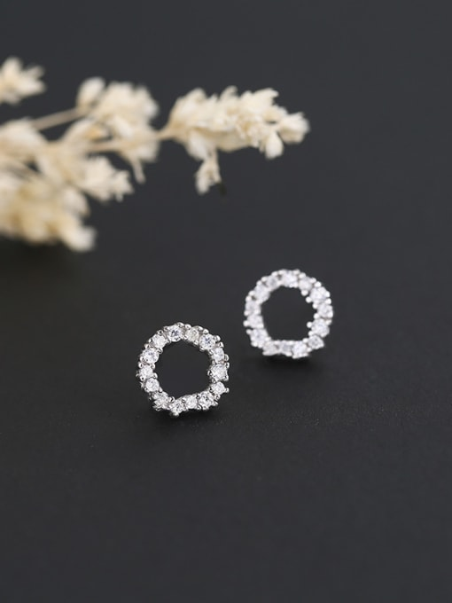 One Silver Fashion Style Round Shaped Earrings 1