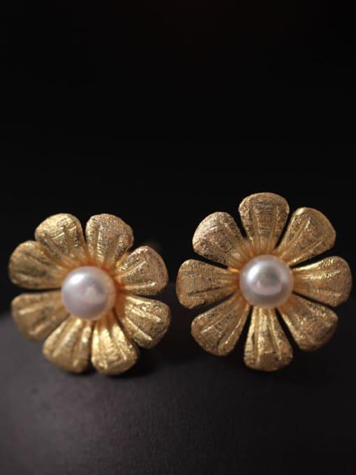 SILVER MI Freshwater Pearls Flower Women stud Earring