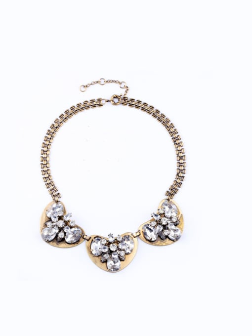 KM Retro Heart-shape Pendant Women Necklace