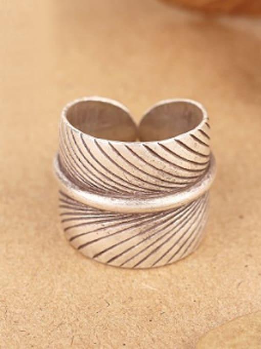 Peng Yuan Retro Leaf Handmade Silver Ring 0