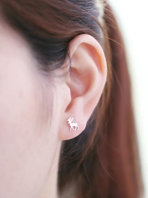 Peng Yuan Simple Tiny Deer stud Earring 1