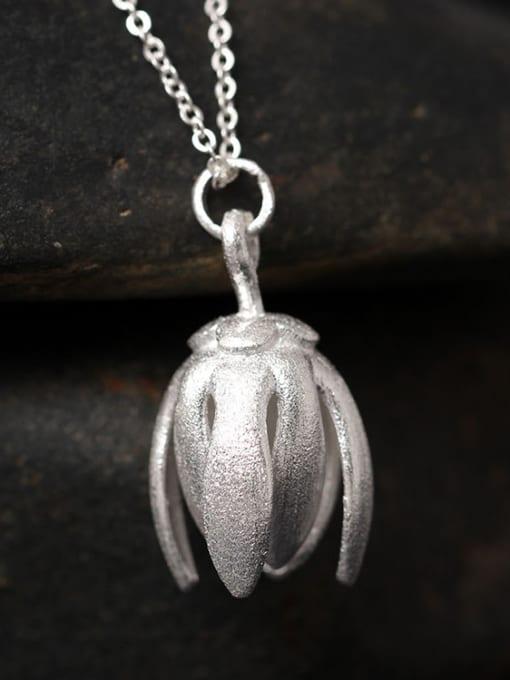 Silvery Flower Pendant Silver Women Necklace