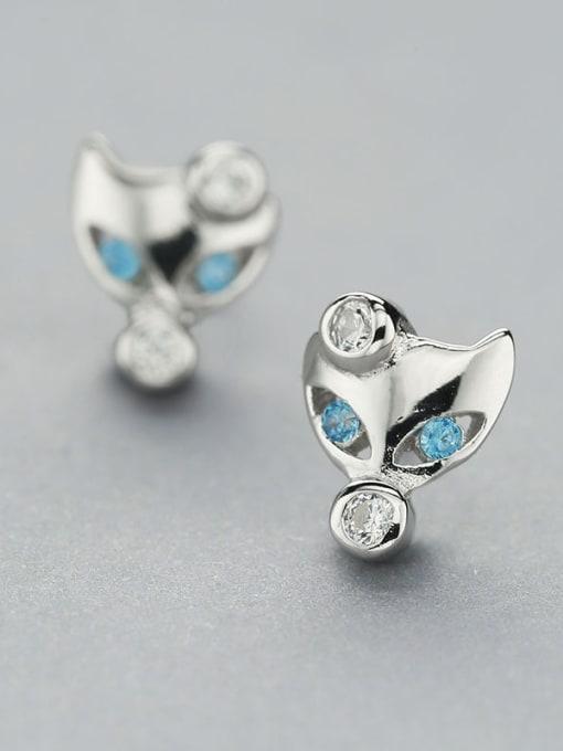 One Silver Women Cute Fox Shaped earring 2