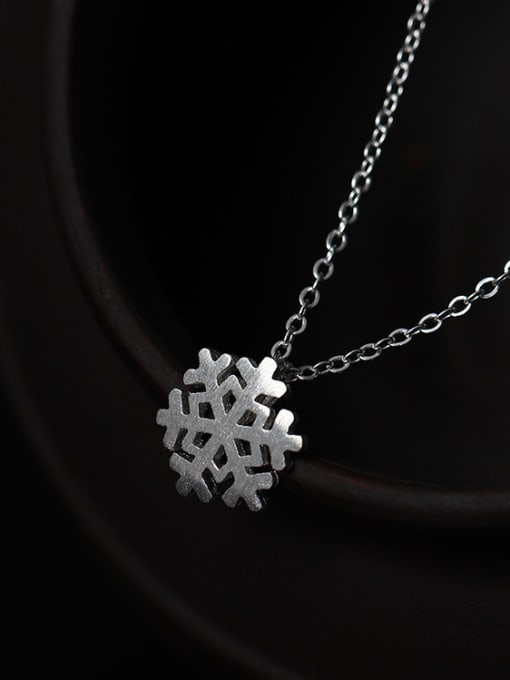 SILVER MI Romance Snowflake Women Clavicle Necklace 0
