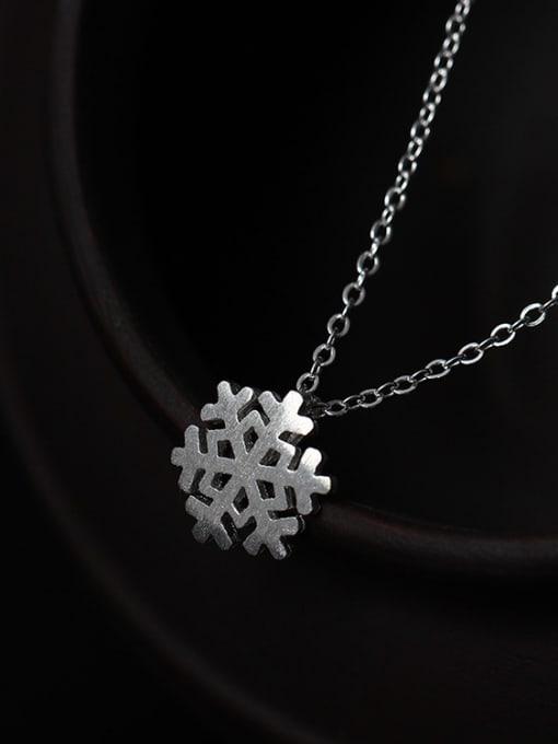 SILVER MI Romance Snowflake Women Clavicle Necklace
