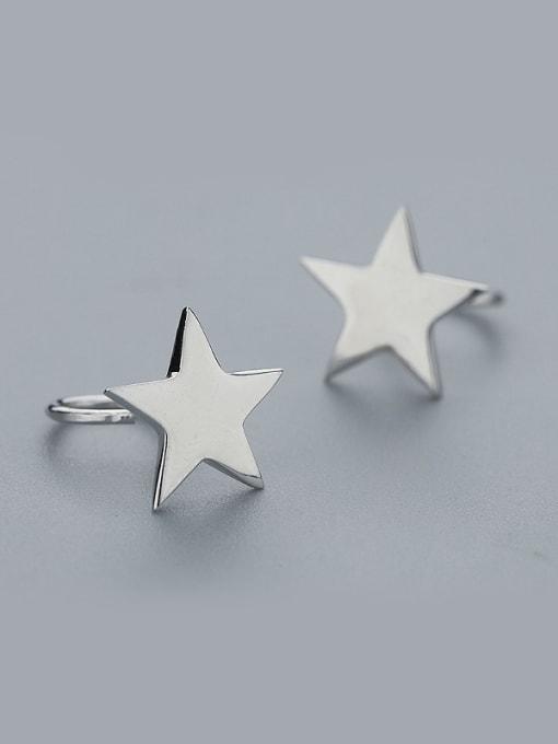 One Silver Women Star Shaped Silver stud Earring