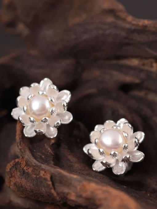 SILVER MI Beautiful Small Flower stud Earring 2