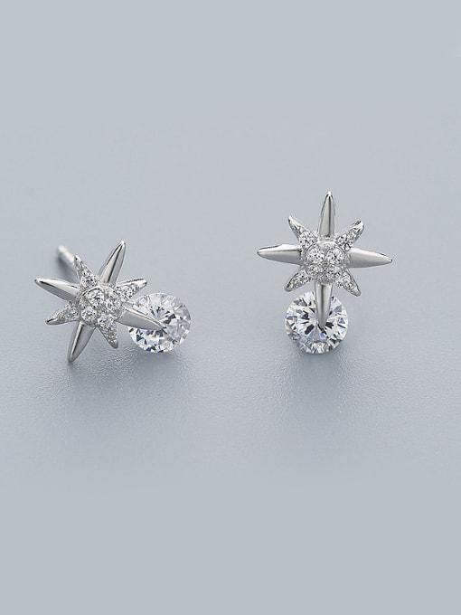 One Silver Elegant Star Shaped stud Earring