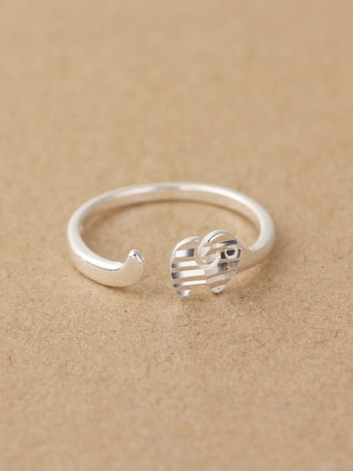 Peng Yuan Simple Striated Little Elephant Opening Midi Ring