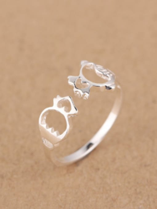 Peng Yuan Personalized Hollow Tiny Fish Opening Midi Ring 1
