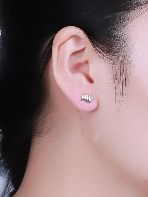 One Silver Women Exquisite Fishbone sHAPED 1