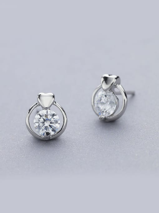 One Silver 925 Silver Round Shaped Zircon stud Earring 0