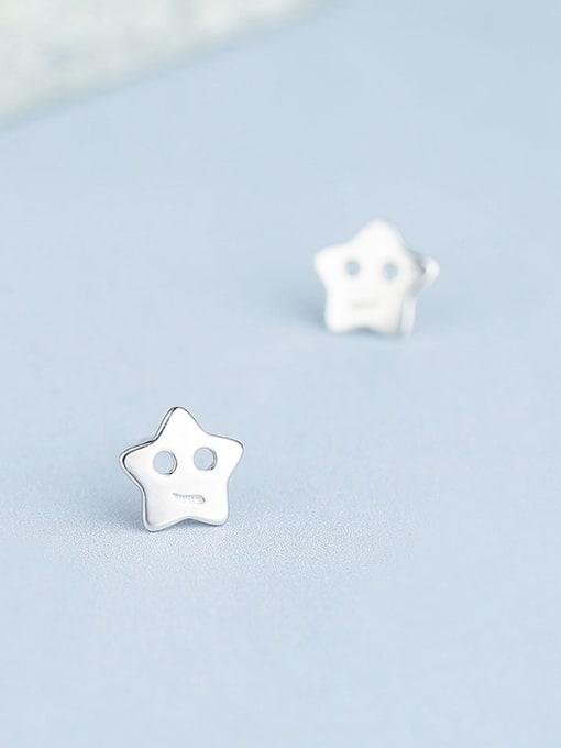 White Elegant 925 Silver Star Shaped stud Earring