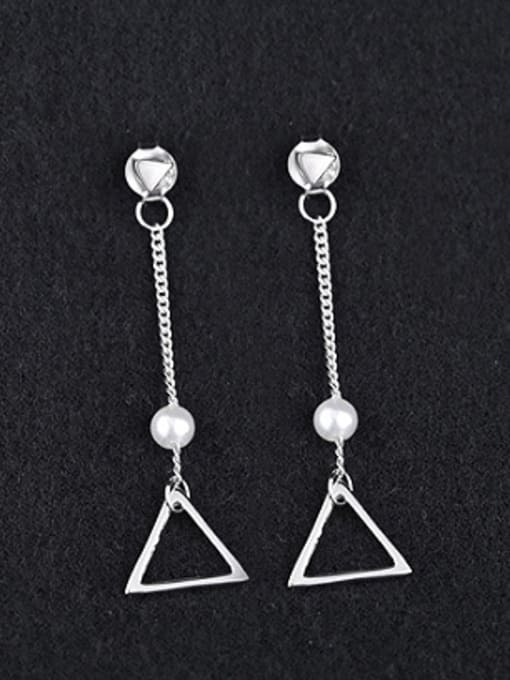 Peng Yuan Fashion Freshwater Pearl Triangle Earrings 0