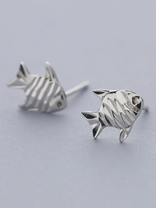 One Silver 925 Silver Fish Shaped stud Earring 2