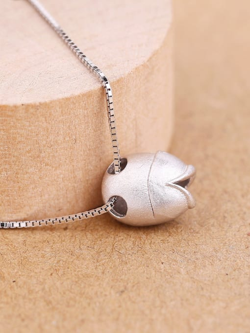 Peng Yuan Simple Personalized Fish Silver Necklace 2