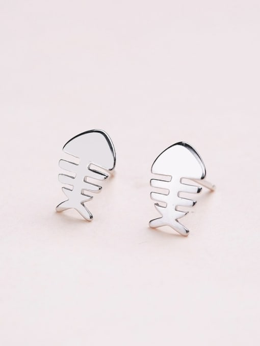 One Silver Women Exquisite Fishbone sHAPED 0