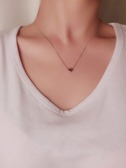 Peng Yuan Simple Heart shaped Silver Necklace 1