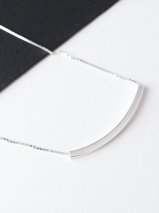 Peng Yuan Simple Refined Silver Women Necklace 1