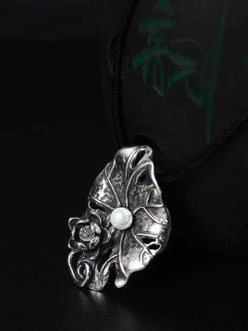 SILVER MI 2018 Freshwater Pearl Lotus Leaf-shape Pendant Necklace