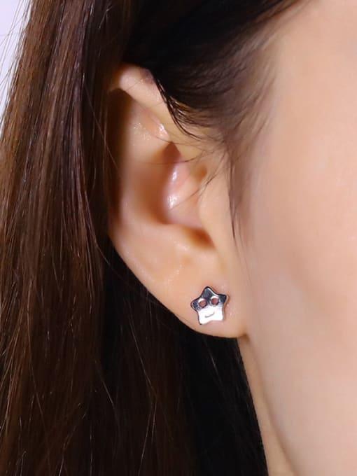 One Silver Elegant 925 Silver Star Shaped stud Earring 1