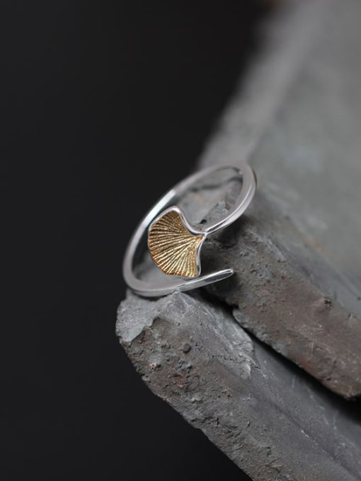 SILVER MI Fashion Ginkgo Leave Opening Statement Ring 2