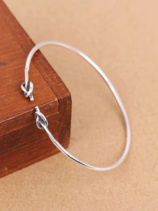 Peng Yuan Retro Little Knot Opening Bangle 2