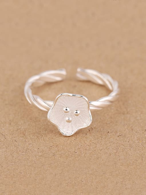 Peng Yuan Simple Flower Twisted Opening Midi Ring 0