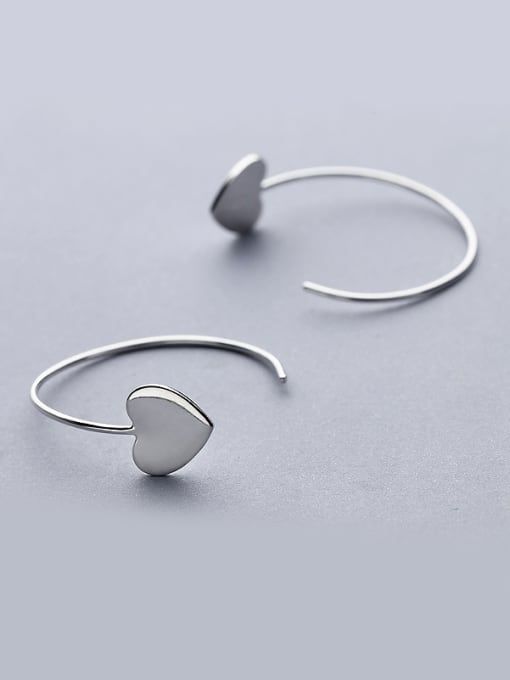 One Silver Women Elegant Heart Shaped hook earring 1