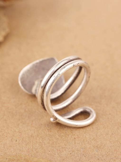 Peng Yuan Personalized Handmade Silver Heart-shaped Ring 4