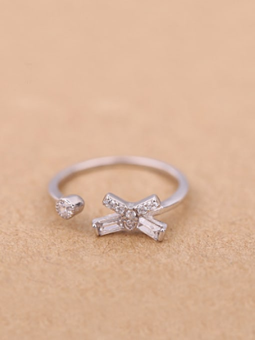 Peng Yuan Simple Little Bowknot Opening Midi Ring