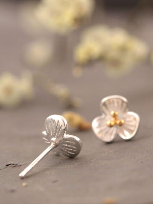 SILVER MI Doubles Color Three PetalS Flower stud Earring 2