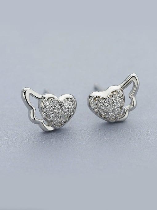 One Silver Fresh Heart Shaped Zircon stud Earring 0