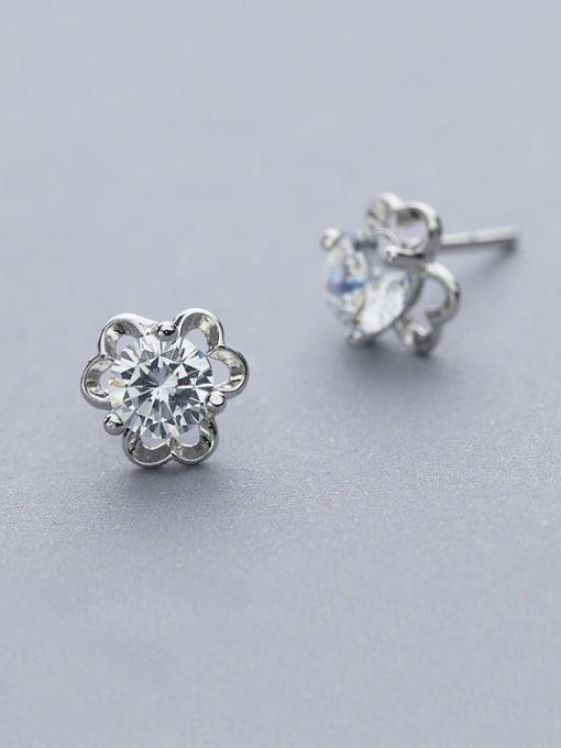 One Silver All-match Flower Shaped Zircon stud Earring 0