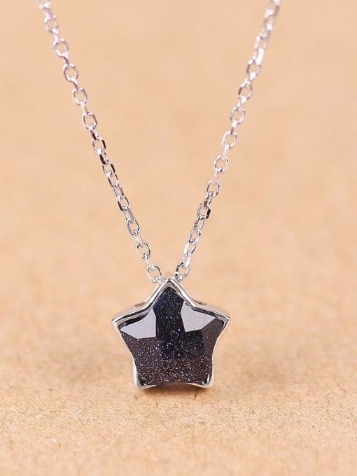 Peng Yuan Fashion Black Stone Star Necklace