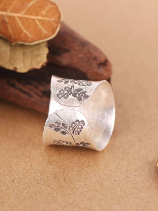 Peng Yuan Ethnic Flower-etched Handmade Silver Ring 2